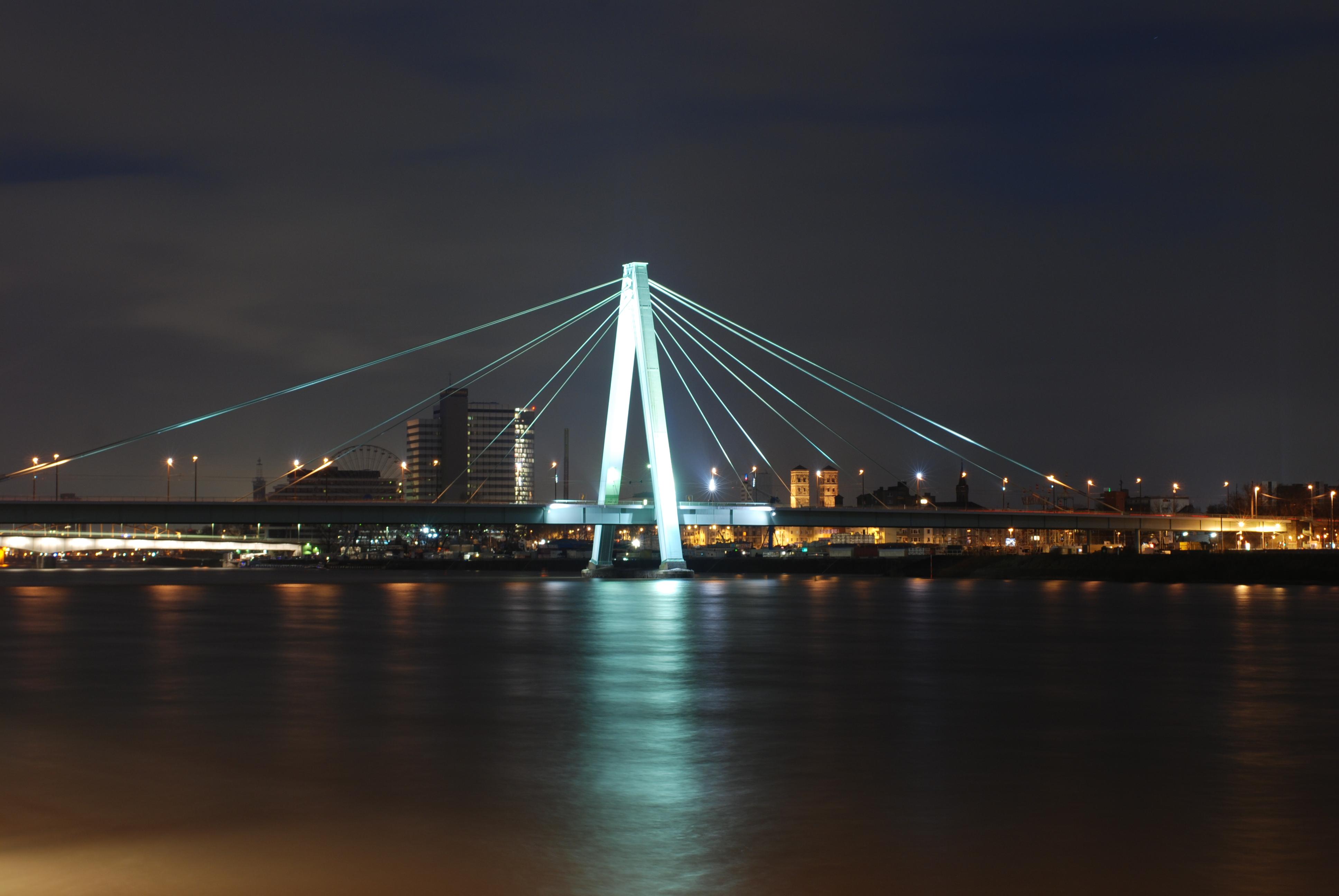 Rheinbrücke Köln